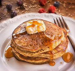 Pancakes multi-céréales  aux flocons d'érable sans gluten